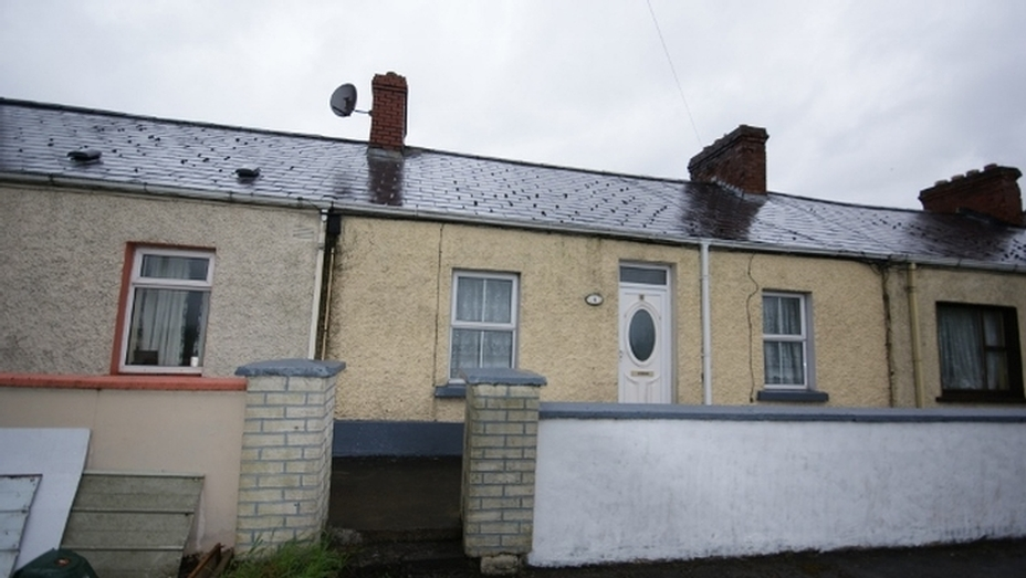 4 Lakeview Terrace, Dublin Road, Cavan  H12 NX89