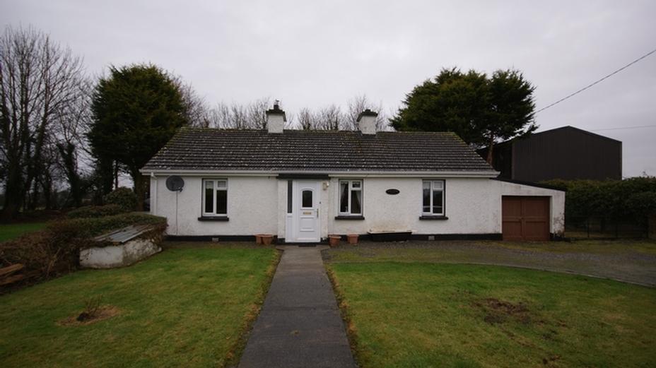 Clonkeefy, Ballyjamesduff, Co Cavan  a82 EP66